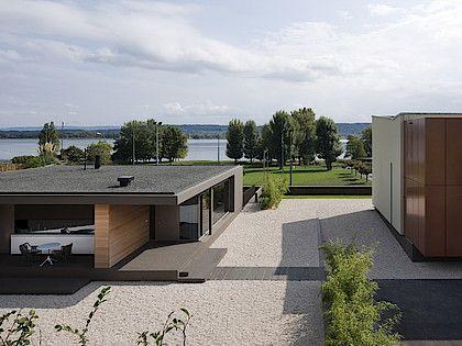 La Neuveville house, La Neuveville, Switzerland · 2009 ©Yves André