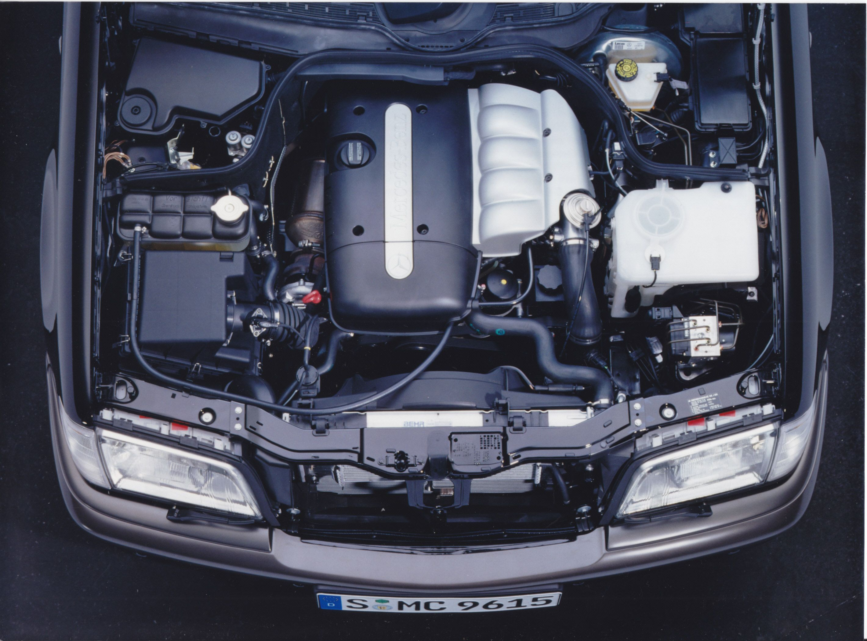 Mercedes Benz C 220 Turbo sel engine A97 F 3688