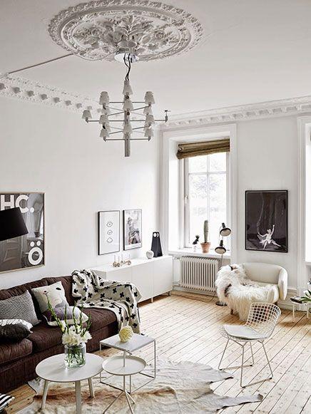 Scandinavische woonkamer met authentieke nieuwe details | Pinterest ...