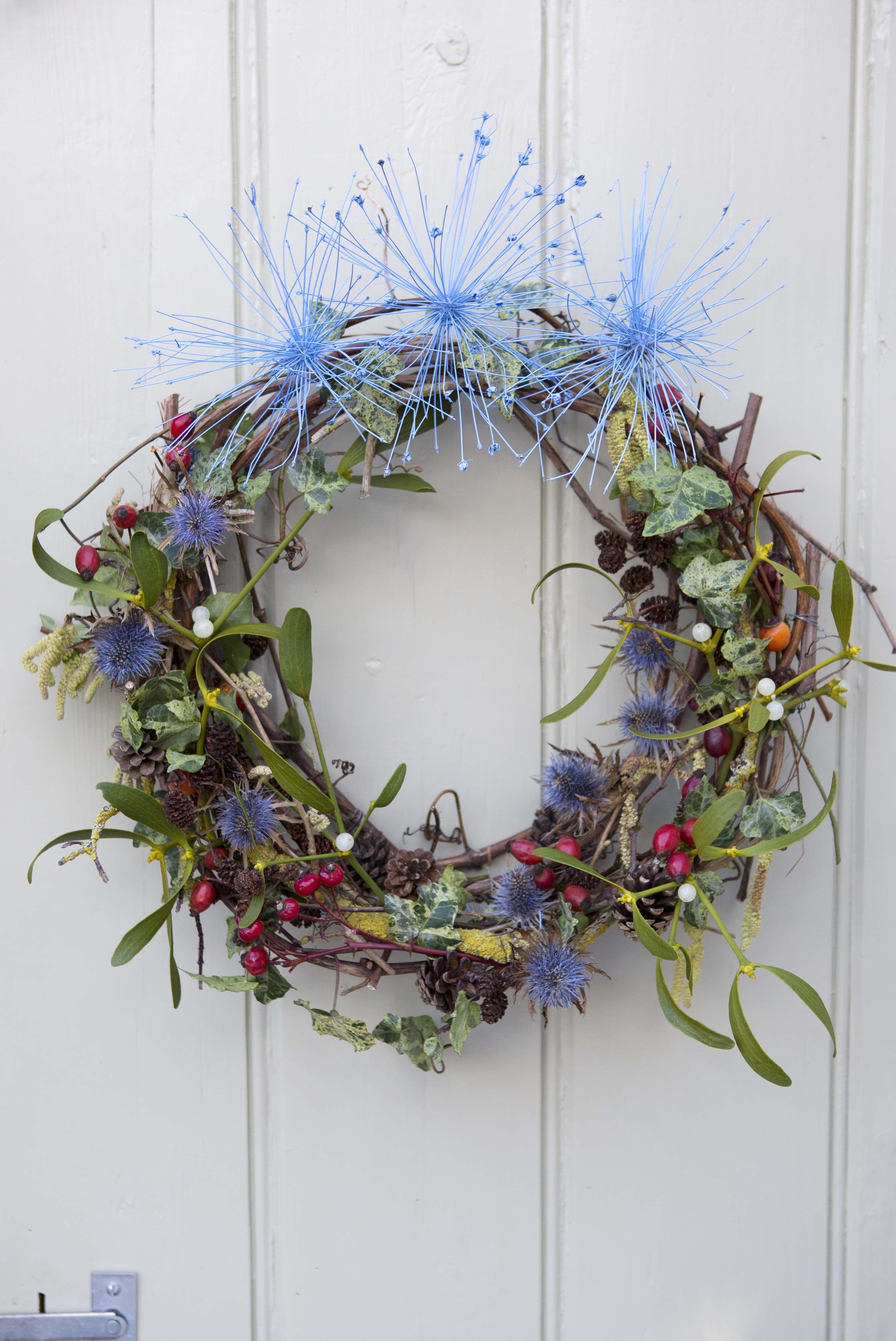 Mistletoe and teasel Christmas wreath