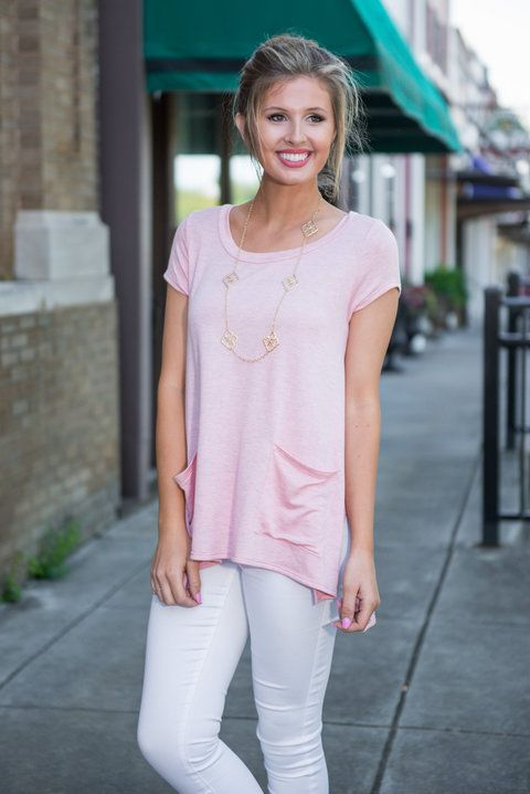 Presh Pockets Top, Peach    This double pocket top is just too precious!