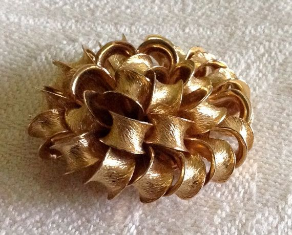 Gorgeous Vintage MONET Gathered Ribbon Brooch by FancyThatBlingCo