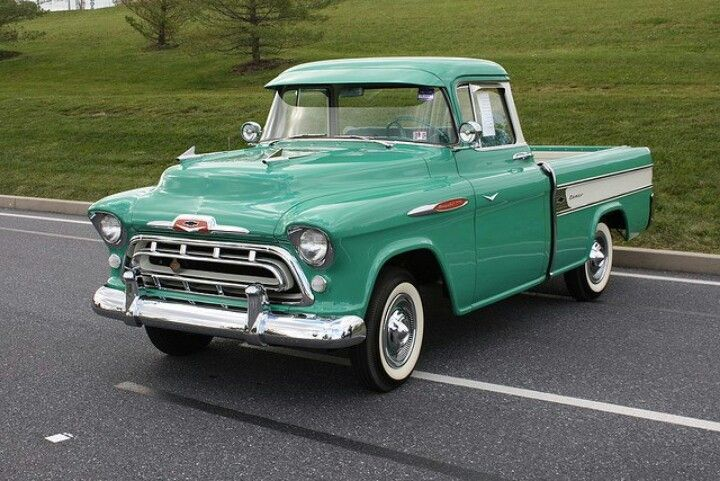 What S The Prettiest Old Truck Classic Cars Trucks Classic Pickup Trucks Old Trucks
