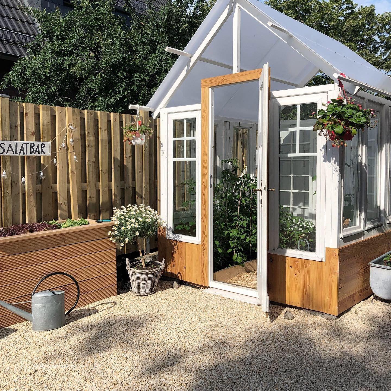 Greenhouse ein DIY Gewächshaus aus alten Fenstern