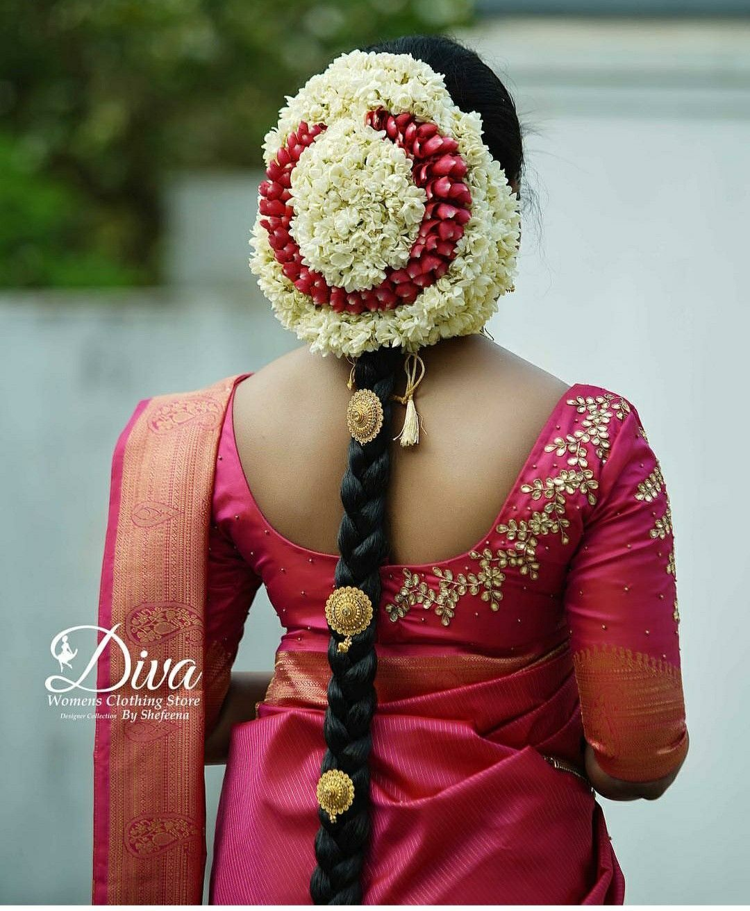 Hairstyles With Flowers Kerala: Pin By BEENA VINSU On Saree Blouse