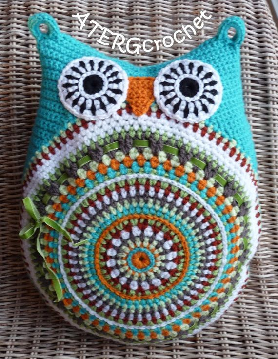 Crochet pattern owl cushion by ATERGcrochet | Pinterest | Cojín de ...