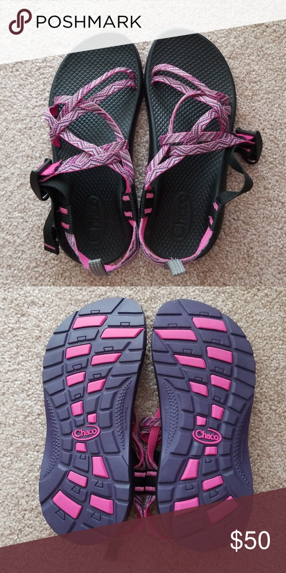 Pink and purple chacos size 4 kids/ 6.5