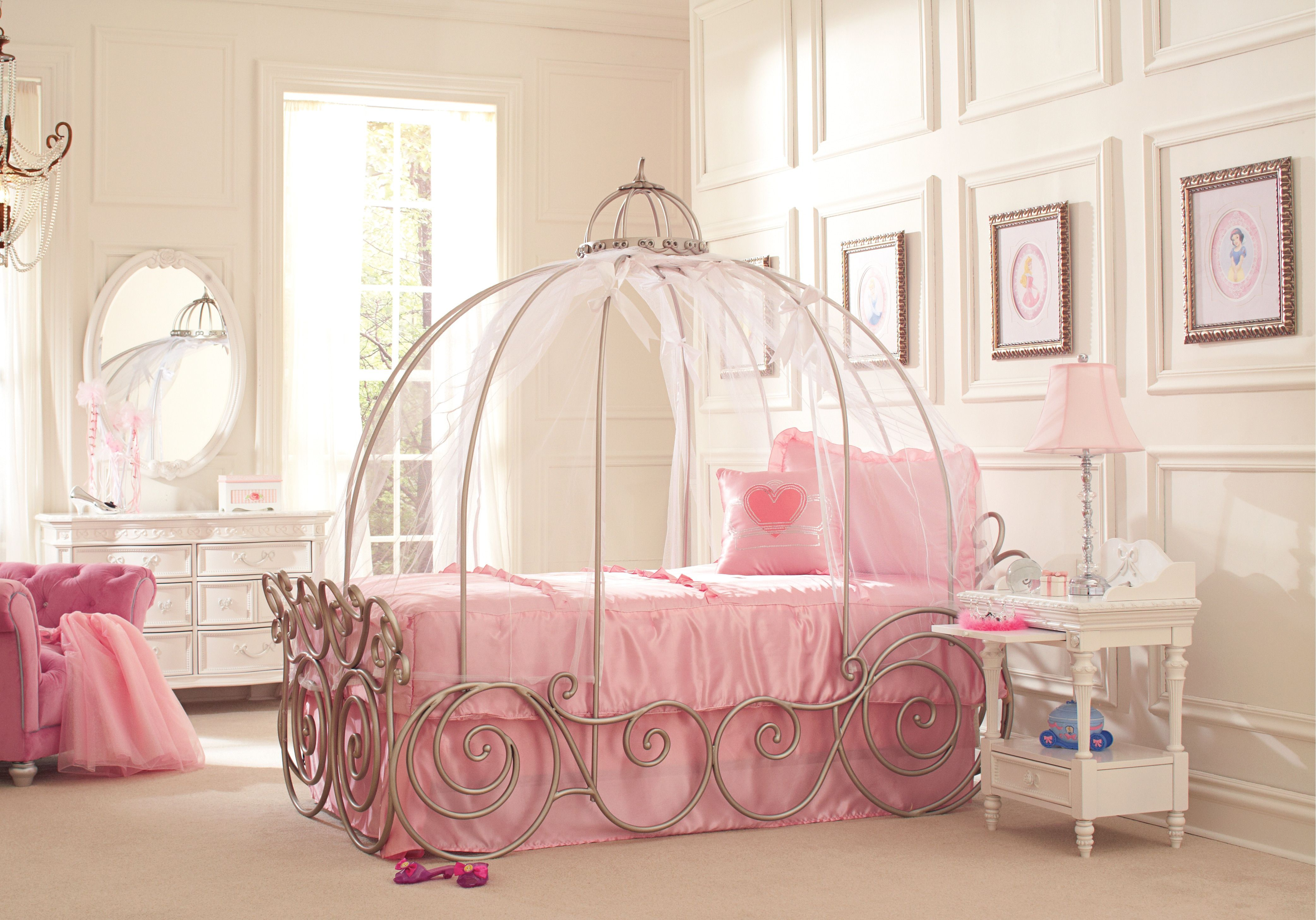 Disney Princess 6 Pc Twin Carriage Bedroom Disney Princess Metal Princess Bedroom Set Girls Bedroom Sets Disney Princess Bedroom