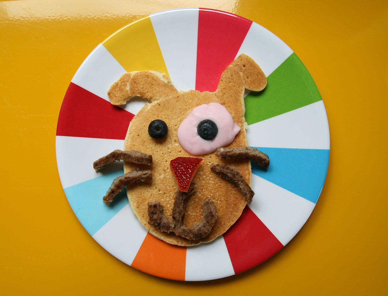 Pancake puppy face (Blueberry eyes, strawberry nose