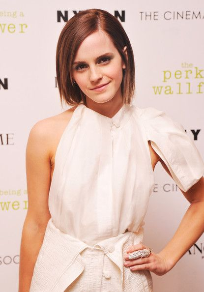 Emma Watson - Celebrity-Inspired Hair Ideas to Consider - 40 Beautiful Bobs - Photos