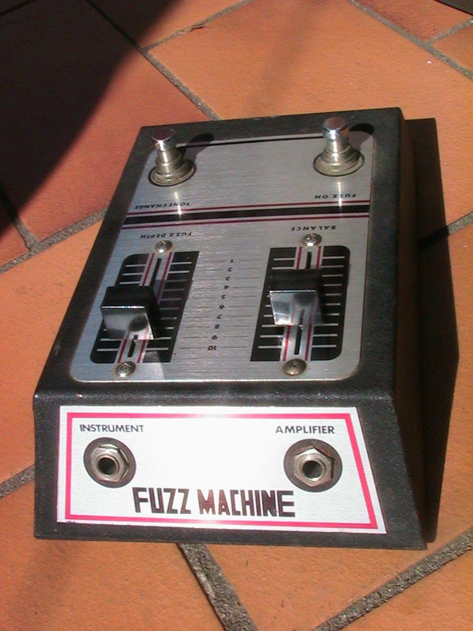 Fuzz Machine Guitar Pedals Guitar Effects Guitar Effects Pedals