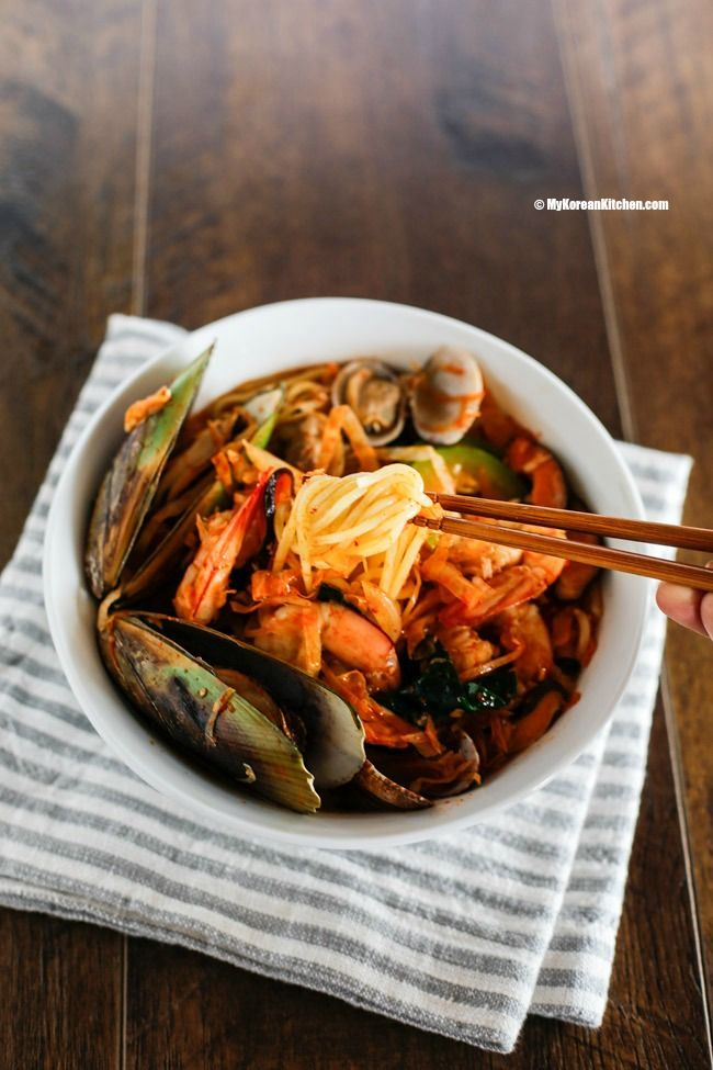Homemade Korean spicy seafood noodle soup (Jjamppong) @mykoreankitchen