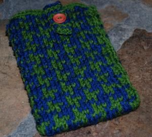 Houndstooth Kindle Cozy | Knitting patterns, Knitting ...