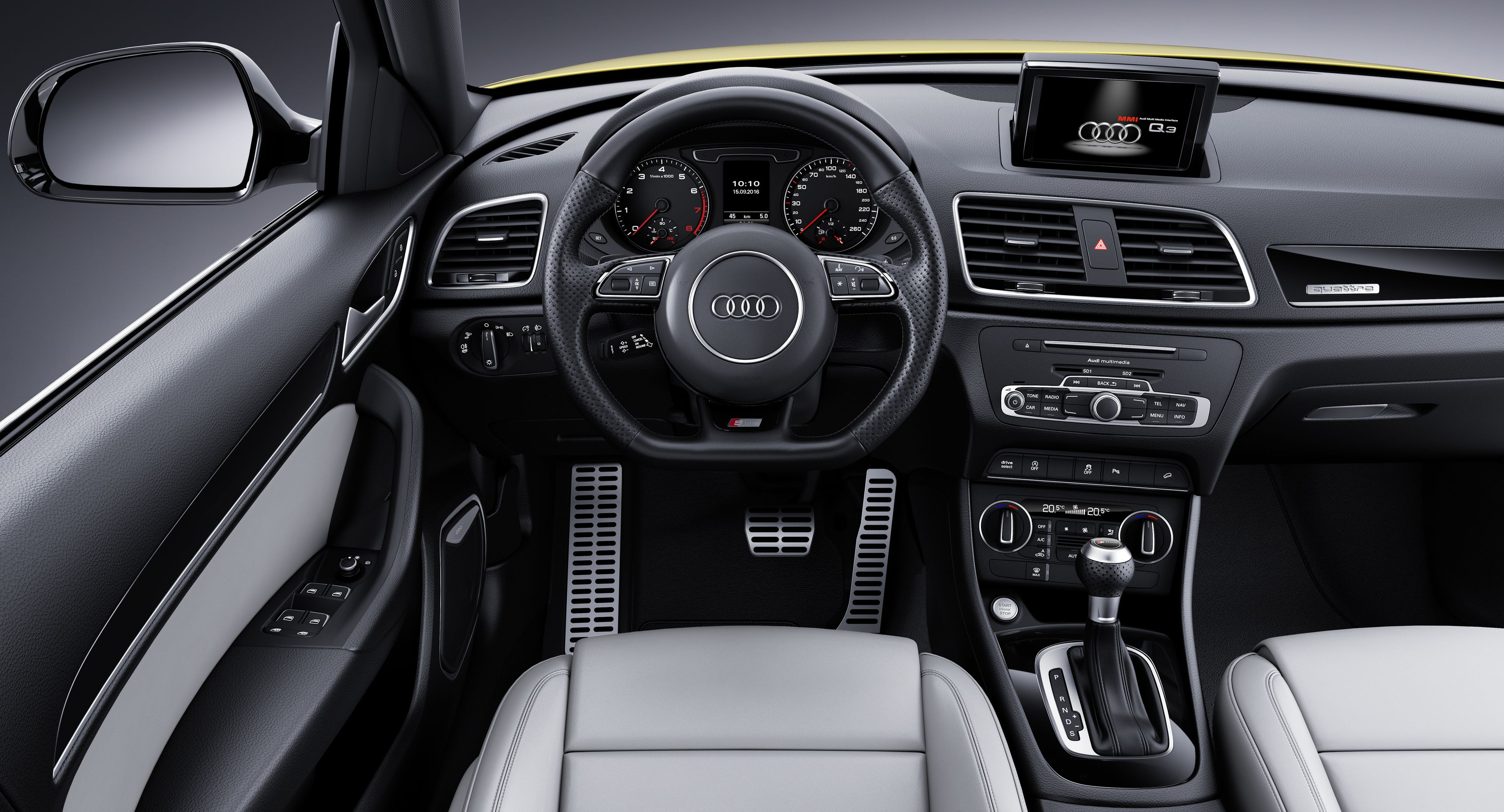 SPIED 2019 Audi Q3 interior is a huge improvement
