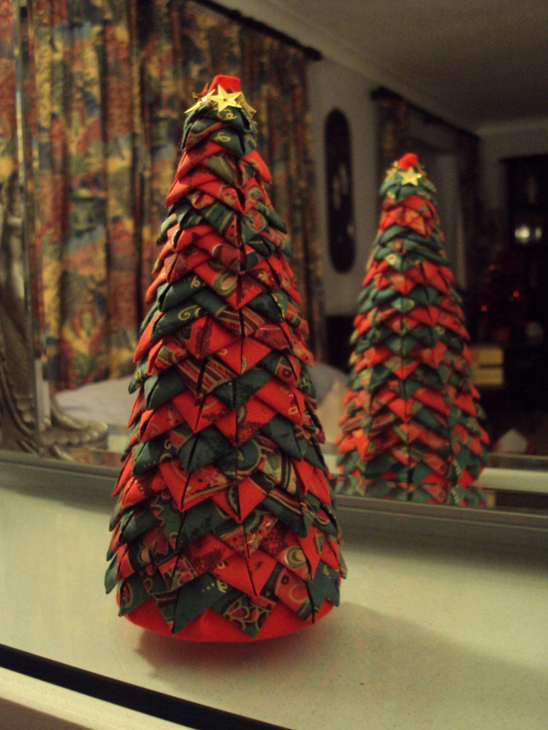 quilted style folded fabric christmas tree if you can do. Black Bedroom Furniture Sets. Home Design Ideas