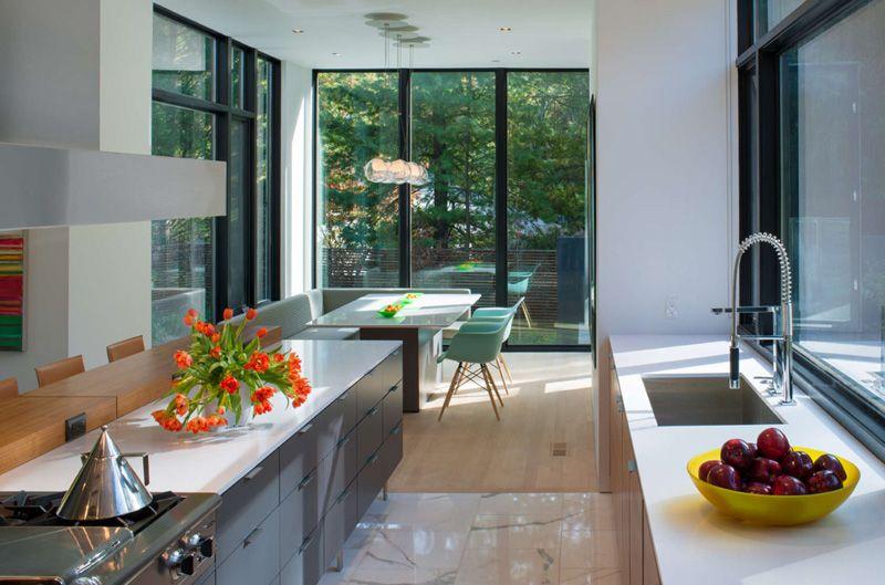 Architect Robert M. Gurney has designed the bm Modular One House, a ...