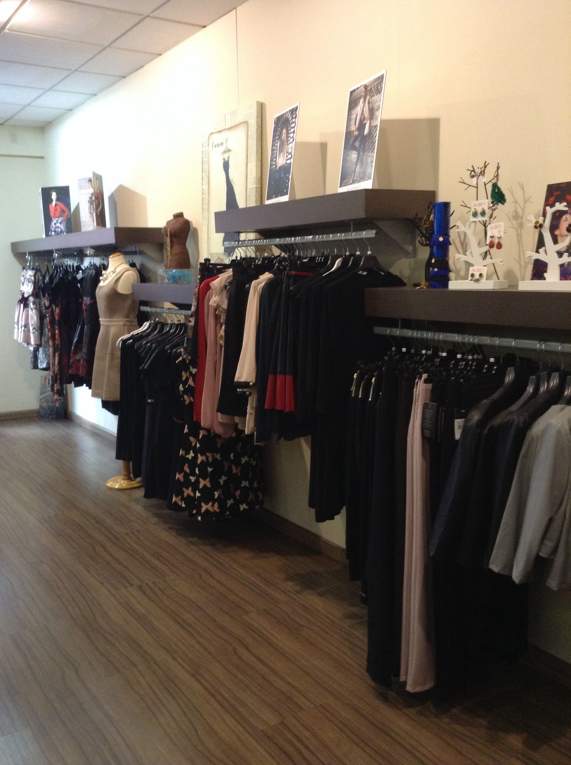 Galara en Sueca calle Cullera 16 Tienda de ropa y plementos multimarca
