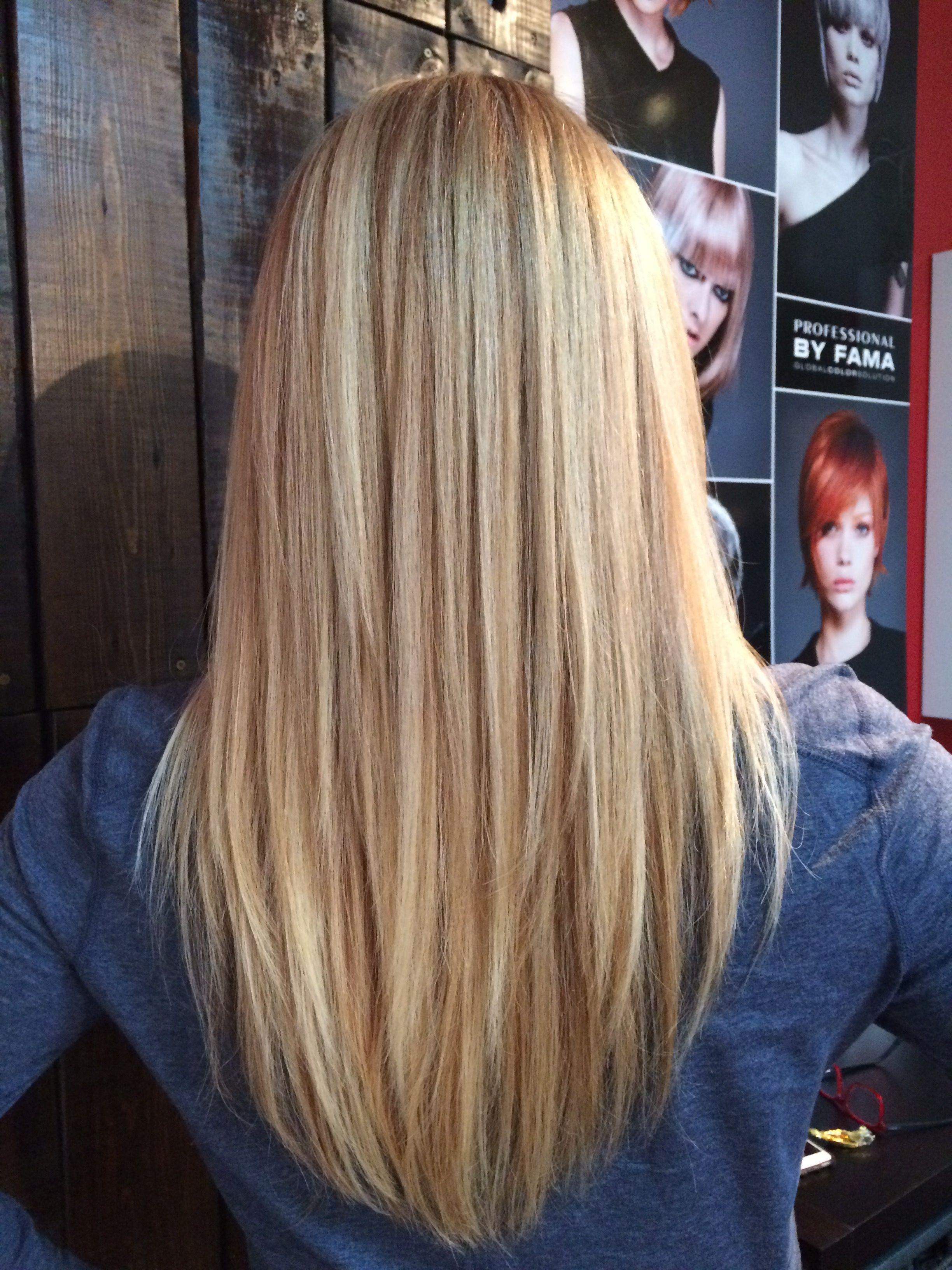 Baby Blonde Balayage On Warm Blonde Color Hair Styles Medium Hair Styles Haircuts For Medium Hair