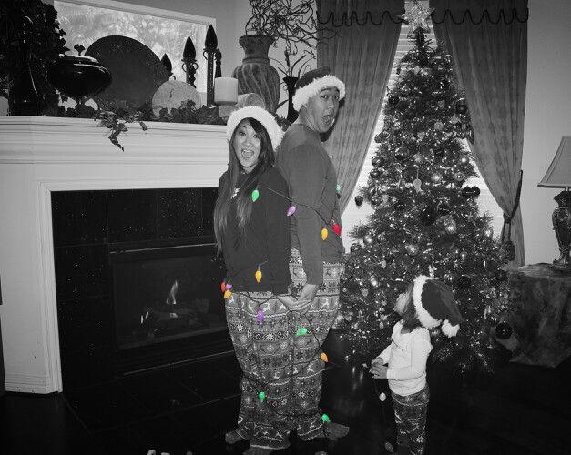 Family Christmas pictures #Family #Christmas #tranfamily #littlemisskayley