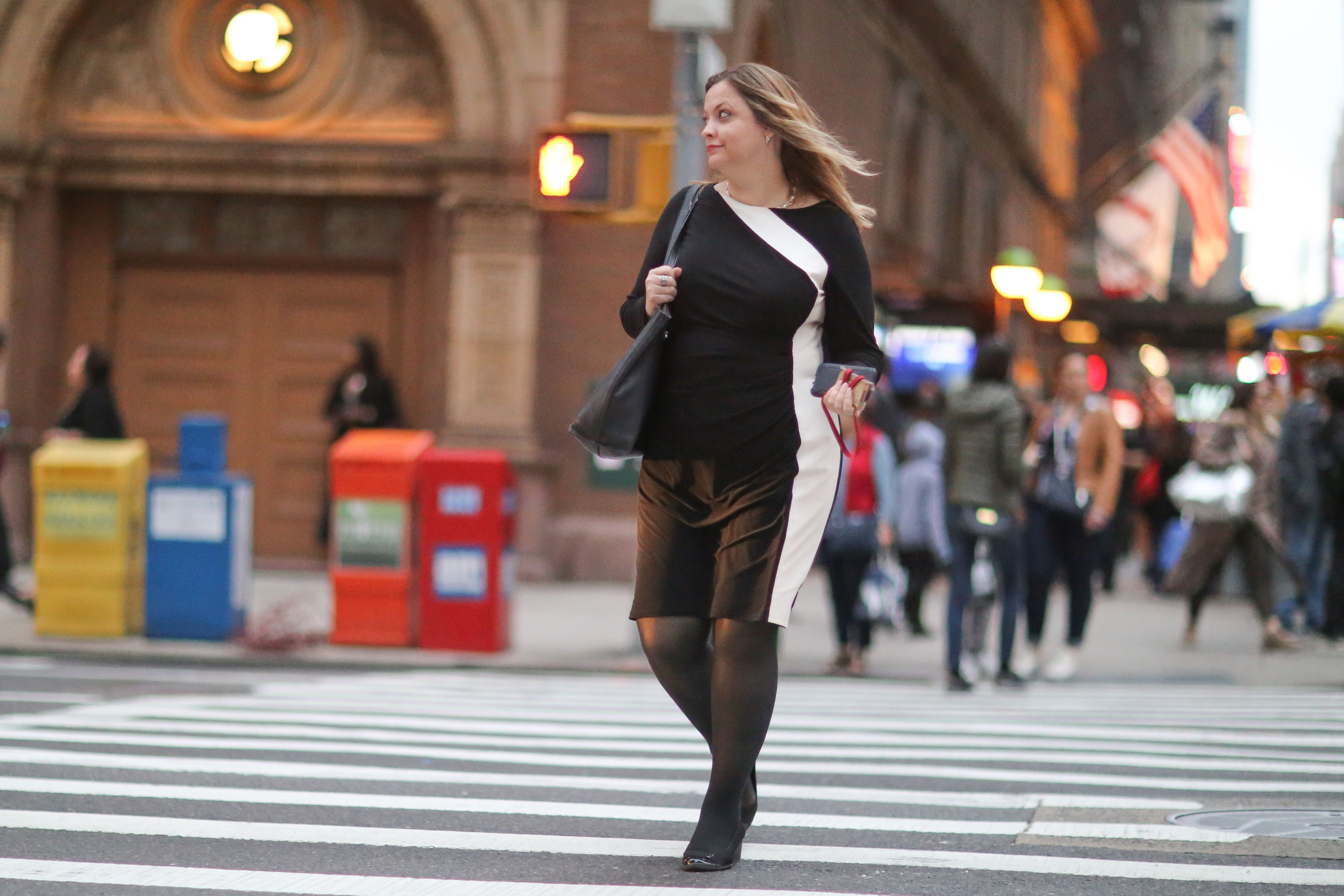 57th Street A Woman Crossing At 7th Avenue In The Early Evening When Cars Begin Using Headlights Nyc Newyorkcity Manhattan Stockings