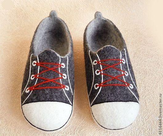 Обувь ручной работы. Ярмарка Мастеров - ручная работа. Купить домашние  валяные тапочки из натуральной 89e0a68ce53