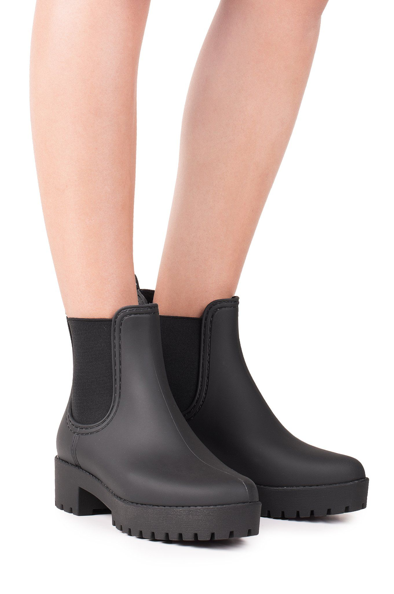 c8cdd2871 Water resistant Chelsea style rain boots. - Fits true to size -  Measurements taken from size 6 - 1.75