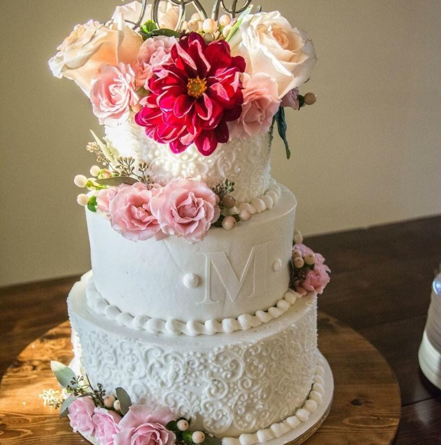 Rustic Scrolls Wedding Cake by Tiffany DuMoulin