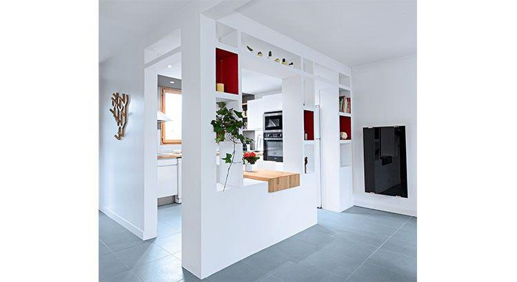 organisation idee deco cuisine blanche et bleu Kitchens, Salons - comment accrocher un meuble de cuisine au mur
