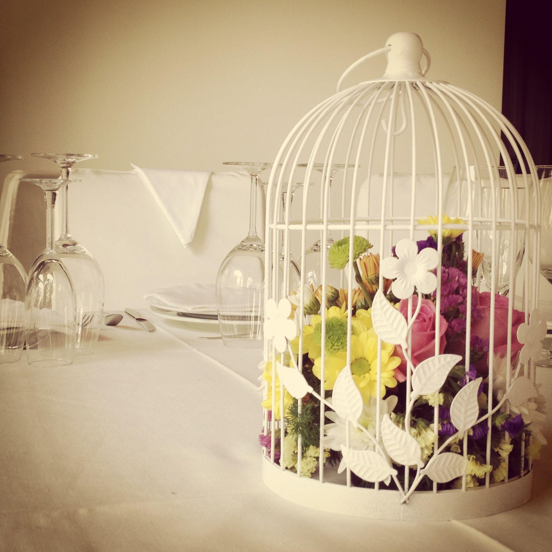 Jaulas centro de mesa con coloridas flores nuestras - Decoracion con jaulas ...