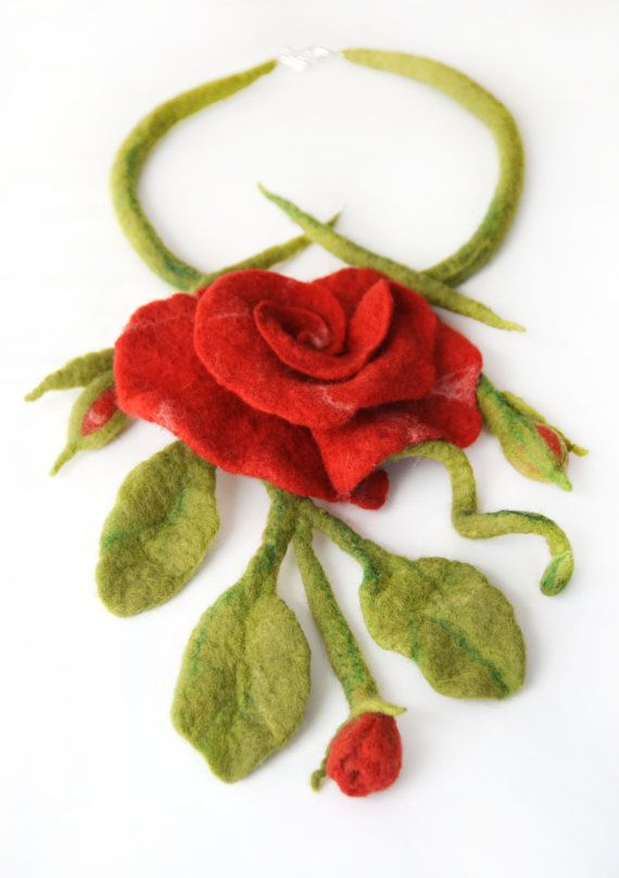 Amazing spring necklace felted red roses natural by JirsaFELT