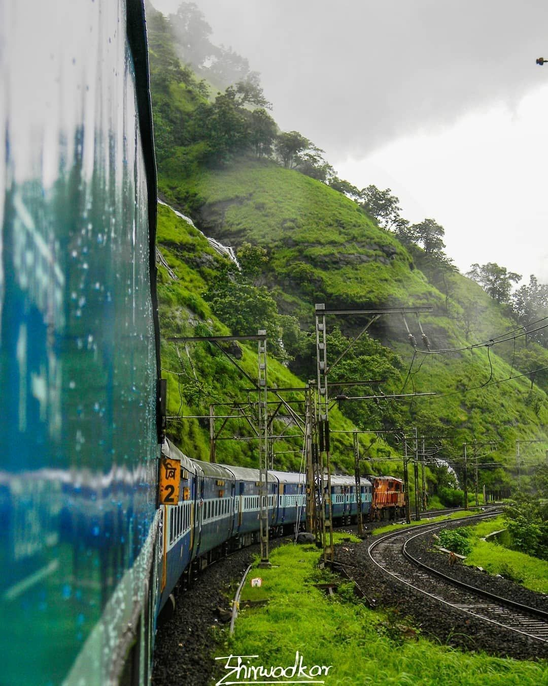 Train Passing Through Bhorghat Towards Mumbai Beautiful Places To Visit India Travel Places Travel Photography