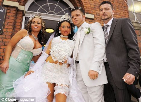 The GBP100000 White Wedding For 16 Year Old Girl Who Lives In A