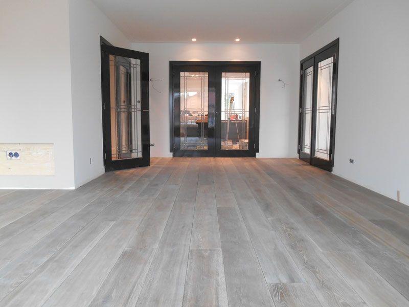 foto de houten vloeren white wash Google zoeken Home Vloeren Grijze houten vloeren en Eiken vloeren