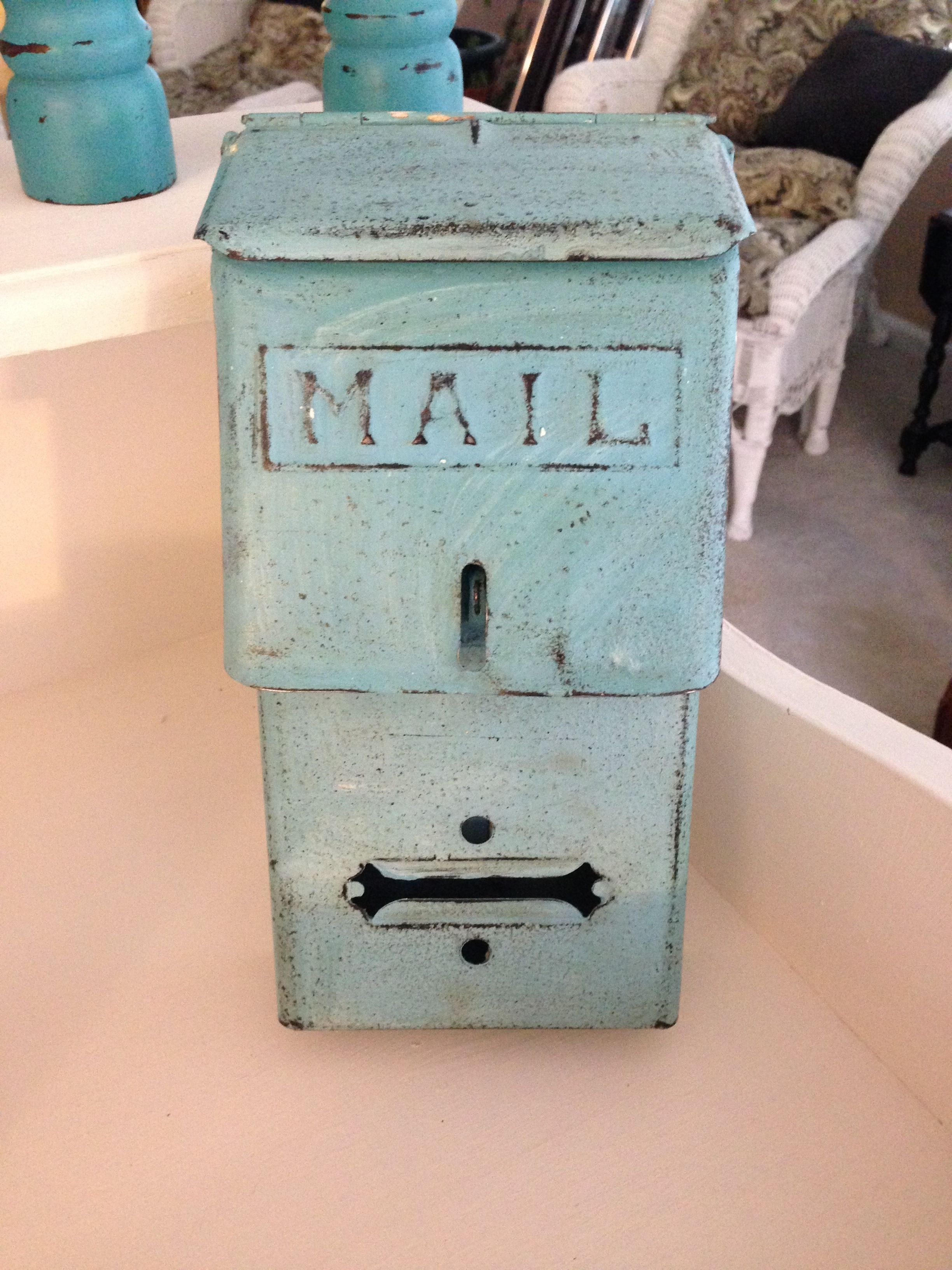 Vintage Wall Mount Mailbox Chalk Painted And Distressed Vintage Mailbox Mounted Mailbox Wall Mount Mailbox