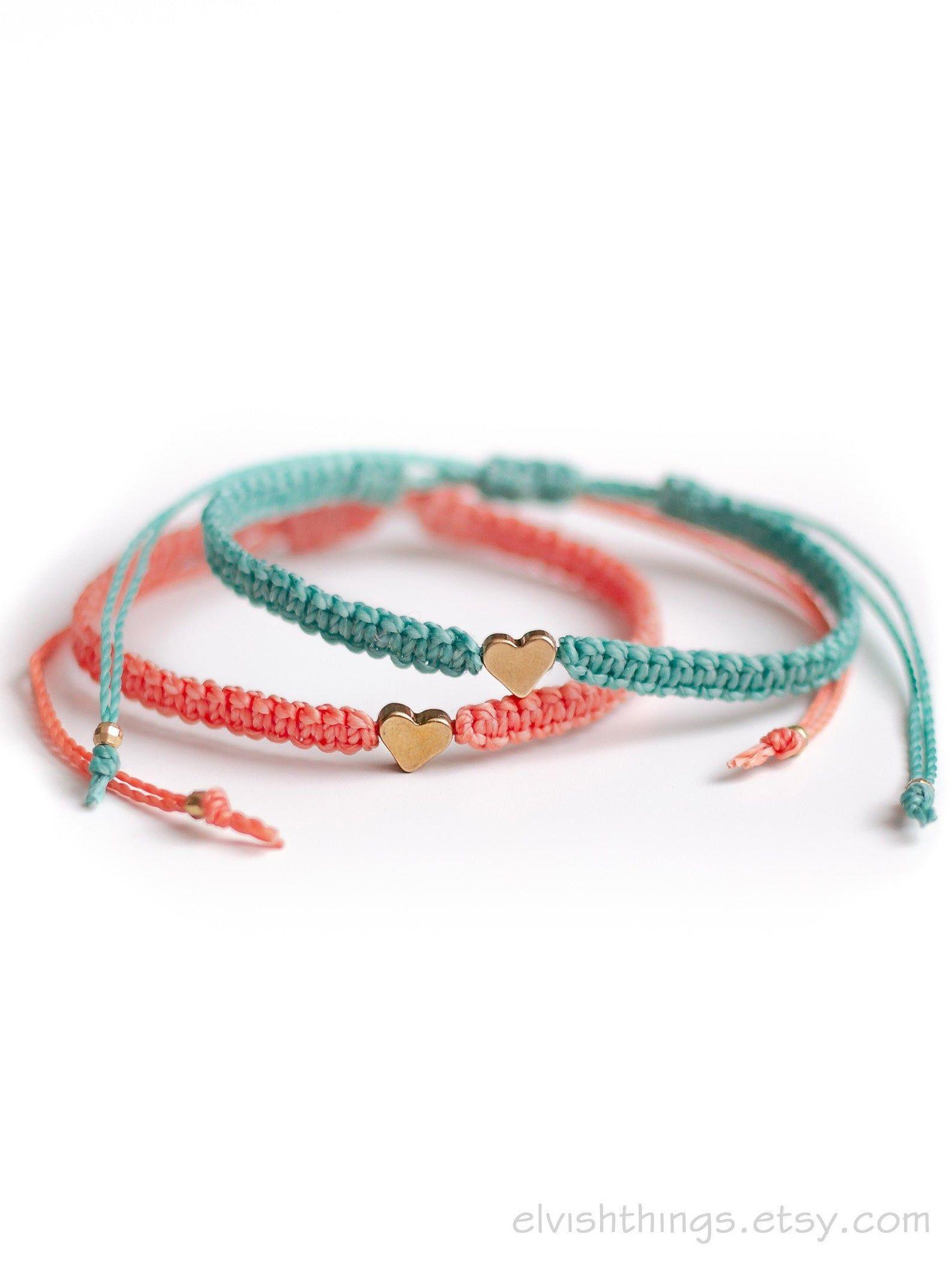 set of 2 Matching couple bracelets Heart bracelets His and her bracelets Long distance relationship bracelet Macrame bracelet