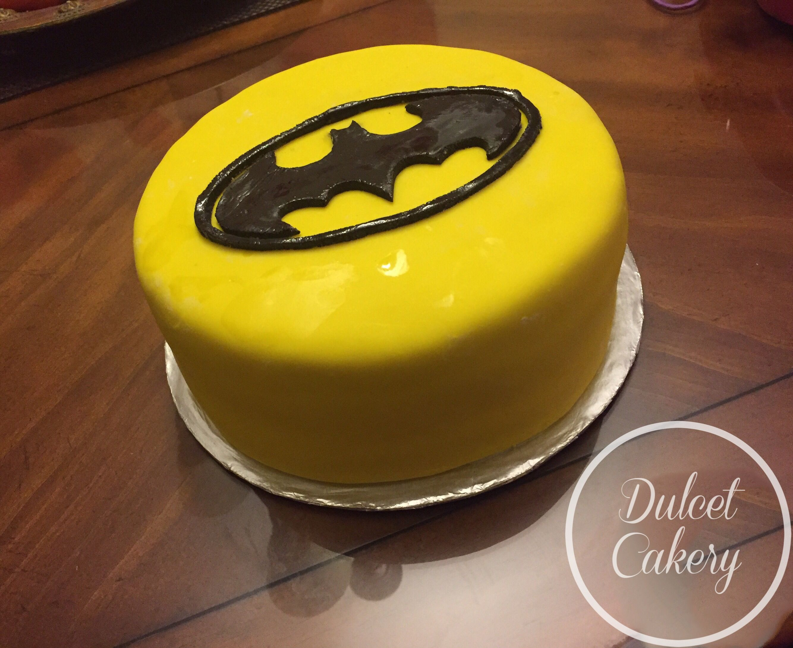 Fondant Batman Themed Birthday Cake Batman Birthday Cake Dulcet