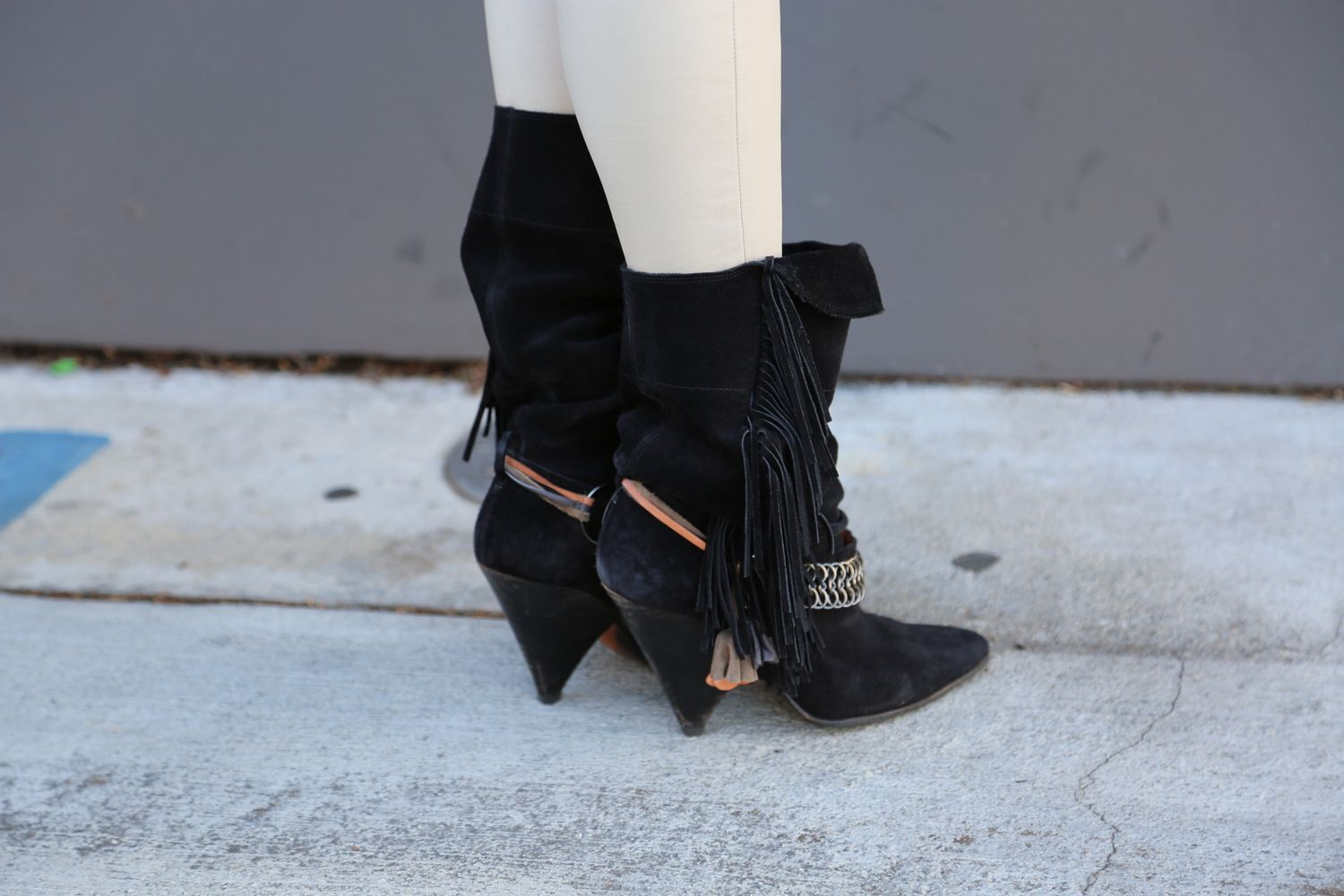 VANESSA-BELETIC-PRODUCER-STYLE-ISABEL-MARANT-BOOTS--LOS-ANGELES.JPG