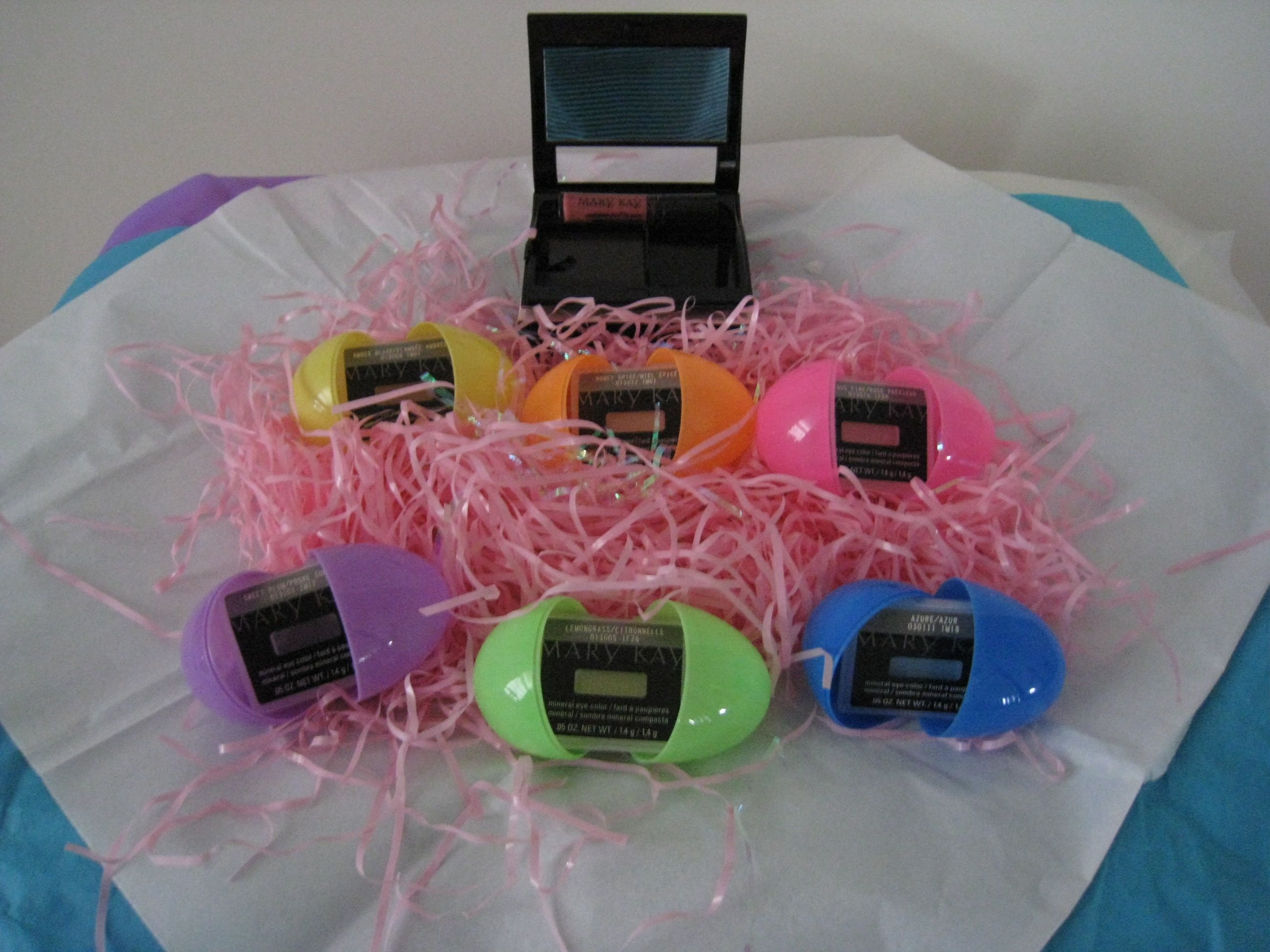 Easter gift ideas marykaykdchester pinterest easter easter gift ideas negle Choice Image