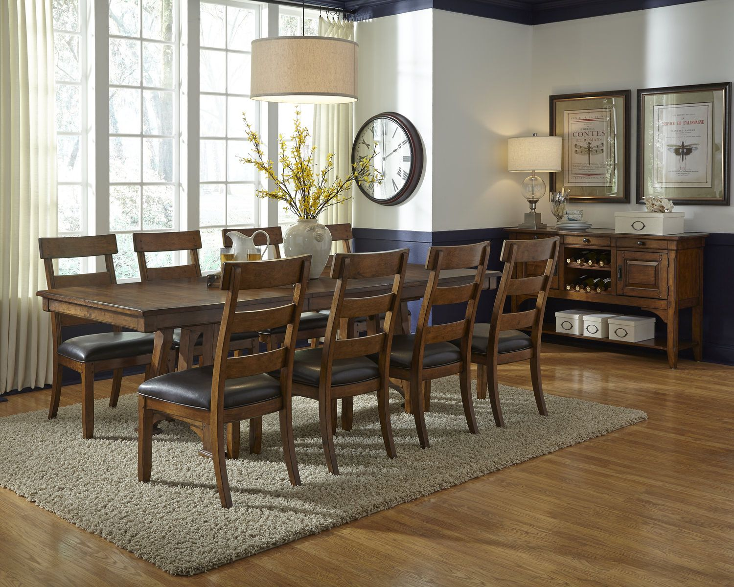 Ozark Table with 4 Side Chairs