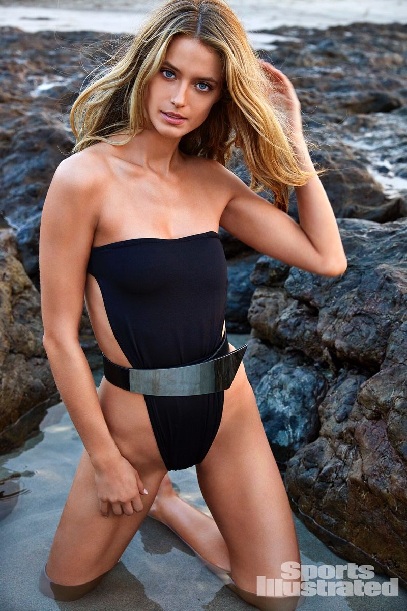 Kate Bock Hits the Beach for Sports Illustrated: Swimsuit Issue 2019 | Sports  illustrated swimsuit, Swimsuit issue, Swimsuits photoshoot