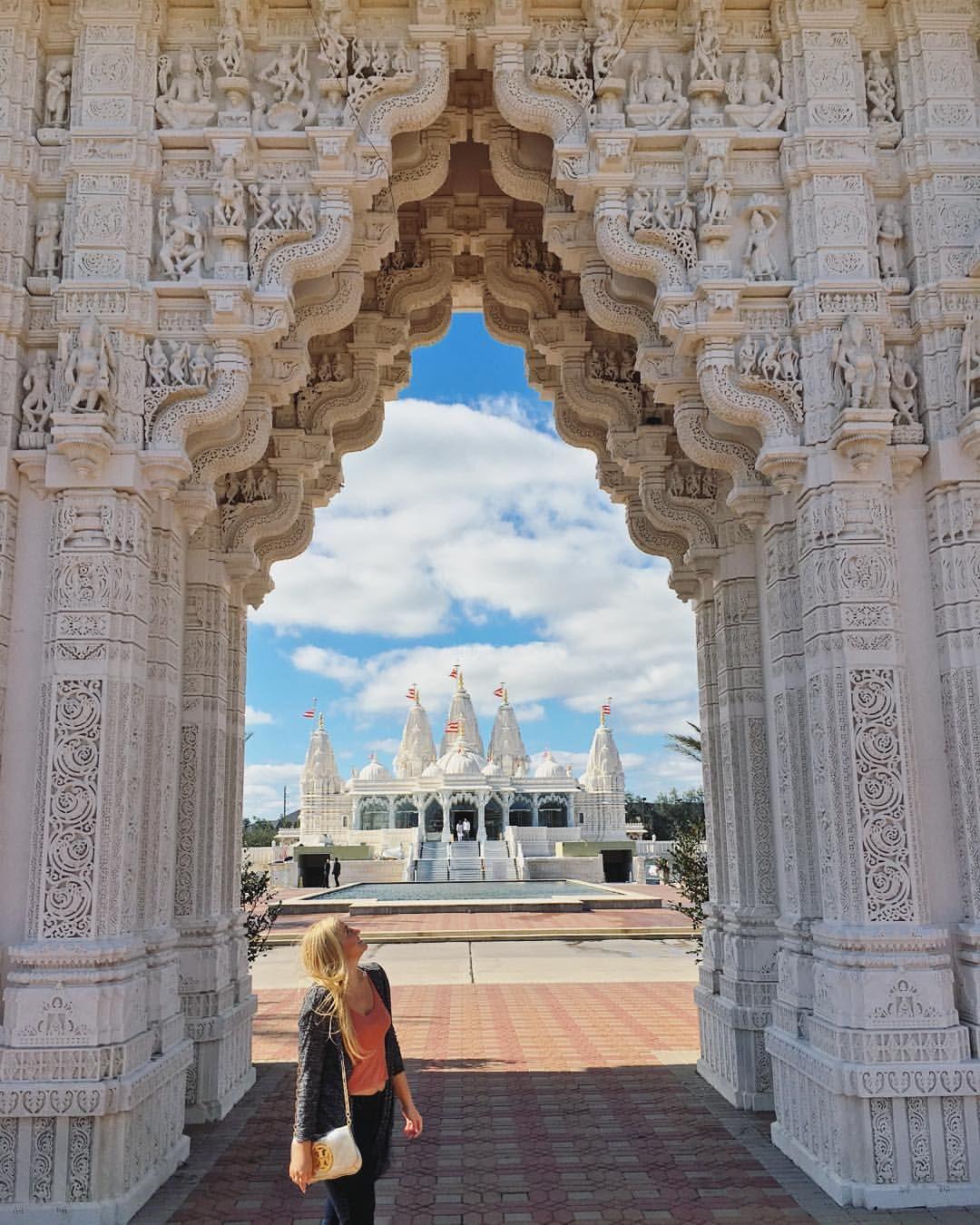 Temple Texas Traditional Home: BAPS Shri Swaminarayan Mandir Hindu Temple, Houston, Texas