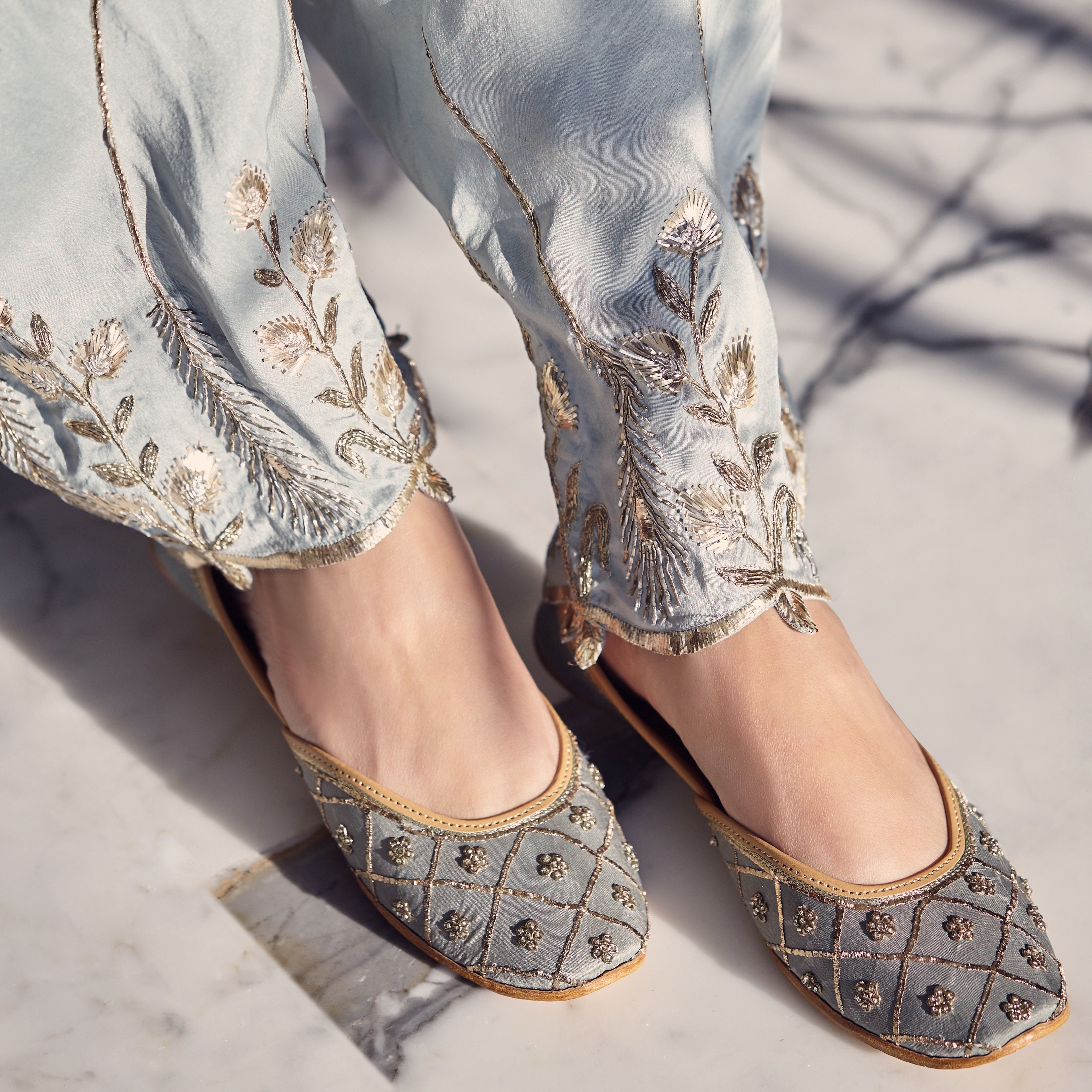 Indian shoes, Bride shoes, Indian