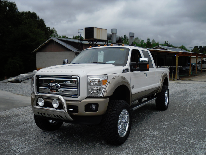 Front View Lifted White Ford F 250 Super Duty Ford