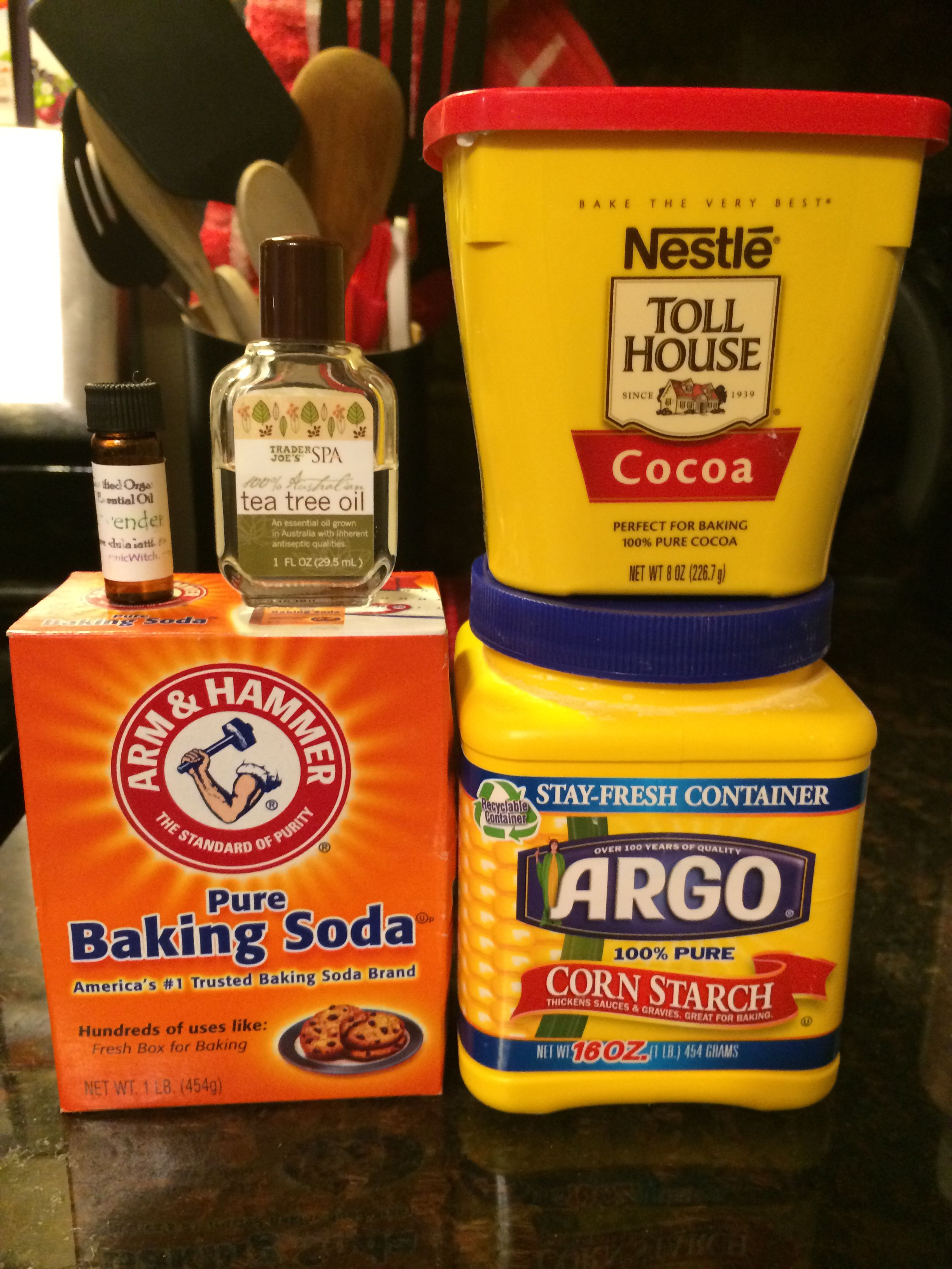 diy dry shampoo what you will need 3 tbs corn starch or arrowroot