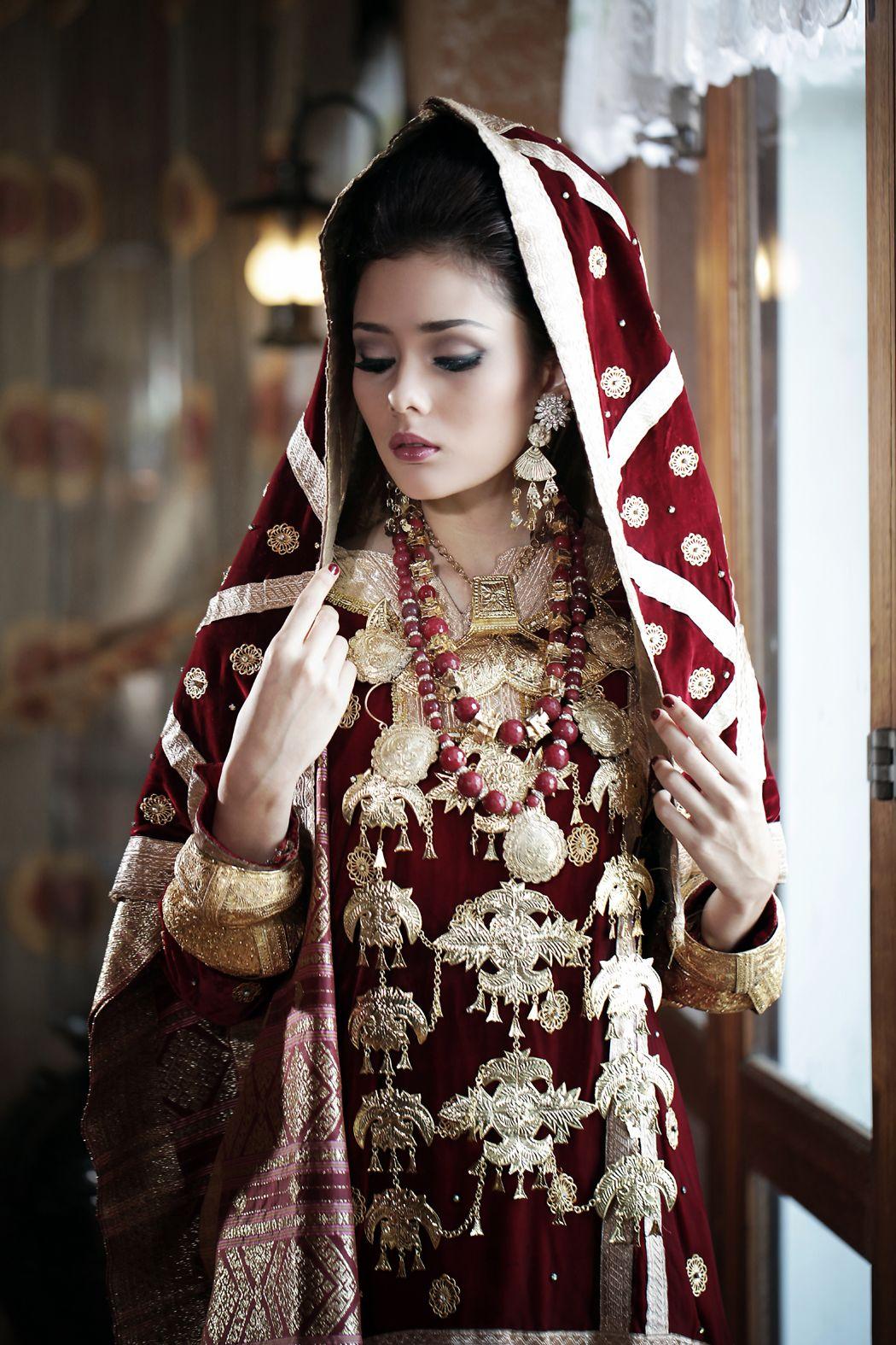 Pengantin Koto Gadang I Koto Gadang Bride  Ide perkawinan