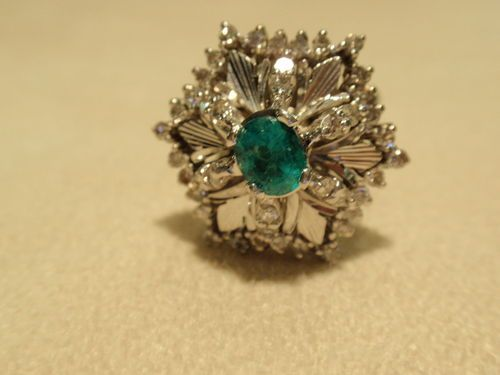 Antique Deco Style 18K White Gold Emerald Diamonds Ladies Ring