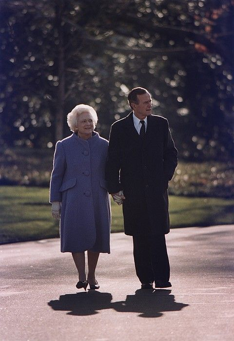 """President George and Barbara Bush"""