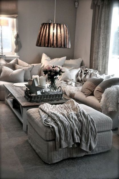 67+ Awesome Apartment Living Room Decorating Ideas On A Budget