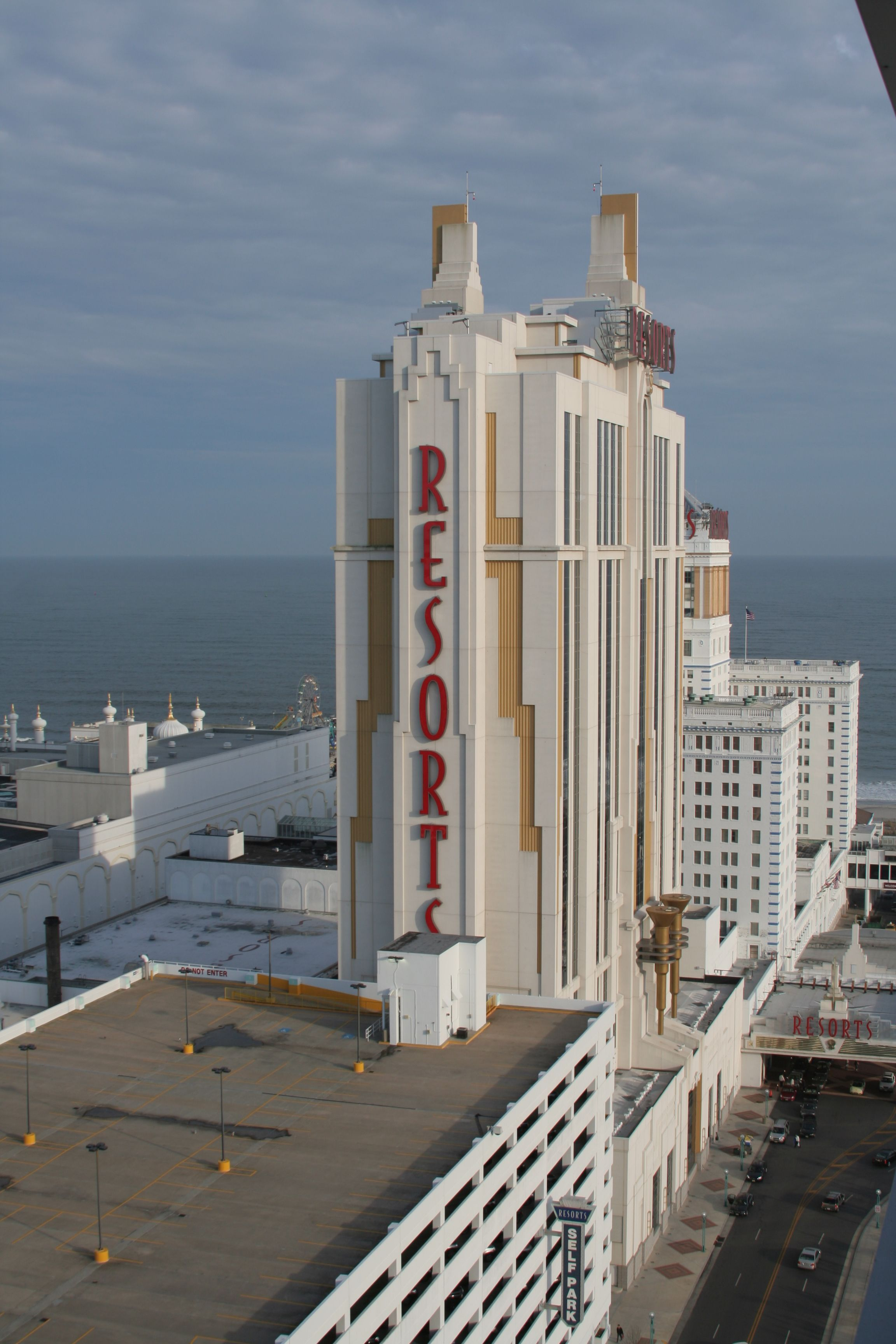 Resorts Hotel Casino Atlantic City Nj Homeless People Stay Here The Buffet Smells Like W Atlantic City Casino Casino Hotel Ferry Building San Francisco