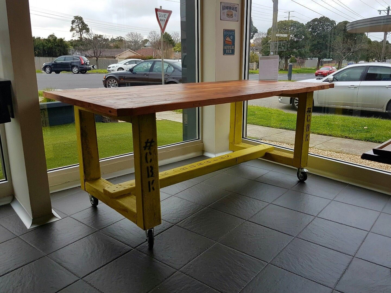 Beautiful Make A Bar Table
